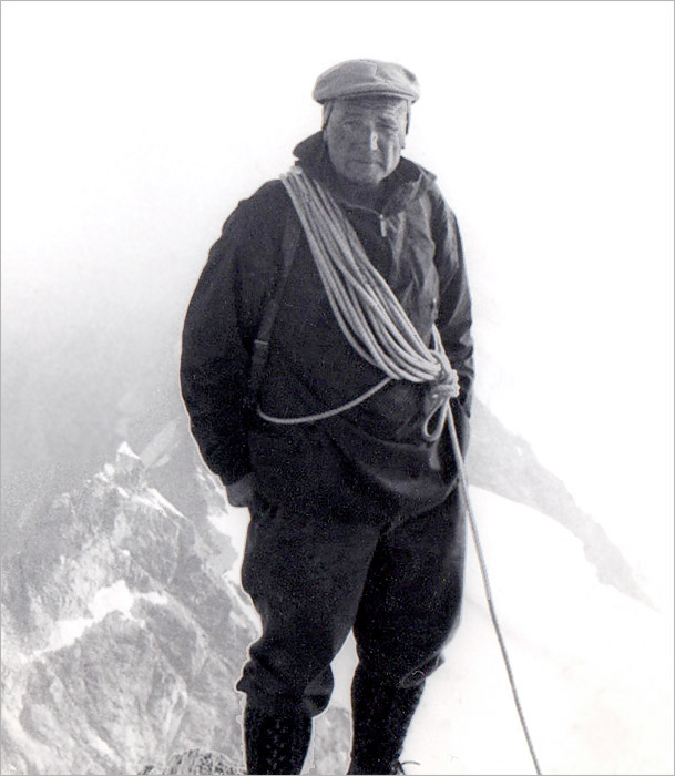 Heinrich Taugwalder on the summit of the Zinalrothorn, Aug 30, 1967. Photo: Gordon Stainforth
